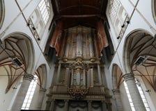 在圣劳伦斯格罗特Kerk教会或伟大的教会里面的两种器官在阿尔克马尔, 库存图片