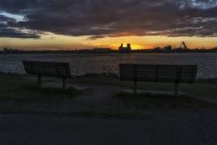 在圣劳伦斯湾海上航道的日落 免版税图库摄影