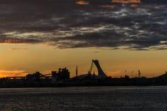 在圣劳伦斯湾海上航道的日落 库存图片