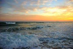 在圣卡洛斯地面蛇海滩的美好的日落  免版税图库摄影