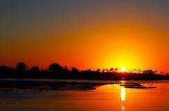 在圣地亚哥河的日落 库存图片
