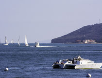在圣地亚哥海湾的风船 库存照片