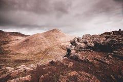 在圣地洛伦索点,马德拉岛的岩石海岸 图库摄影