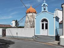在圣地米格尔海岛的风车 库存照片