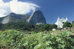 在圣埃斯皮里图, Braz状态的Pedra Azul (蓝宝石)  库存照片