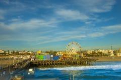 在圣塔蒙尼卡码头,加利福尼亚的弗累斯大转轮 图库摄影