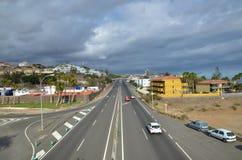 在圣奥古斯丁,加那利群岛的Thorougfare GC 500 免版税库存图片