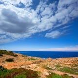 在圣安东尼奥Abad地中海视图的Ibiza Satorre 免版税库存图片
