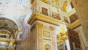 在圣徒以撒` s大教堂里面 影视素材