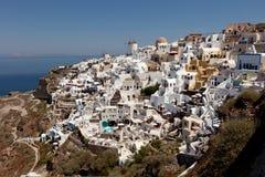 在圣托里尼海岛上的村庄Oia  免版税图库摄影