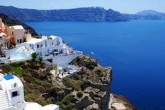 在圣托里尼海岛,希腊上的建筑学 免版税库存照片