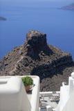在圣托里尼的Skaros岩石 库存照片
