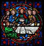 在圣星期四-在游览的彩色玻璃的最后的晚餐 库存照片