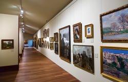 在圣特尔莫博物馆内部的图片在圣塞瓦斯蒂安 免版税库存图片