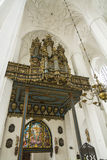 在圣玛丽的大教堂格但斯克的器官 免版税图库摄影