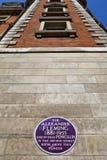 在圣玛丽的医院的亚历山大・弗莱明先生匾在伦敦 库存照片
