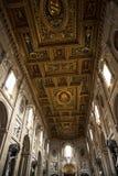 在圣约翰Lateran大教堂的天花板在罗马意大利 图库摄影