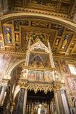 在圣约翰Lateran大教堂的法坛在罗马意大利 免版税库存照片