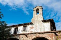 在圣胡安卡皮斯特拉努使命的钟楼 库存图片