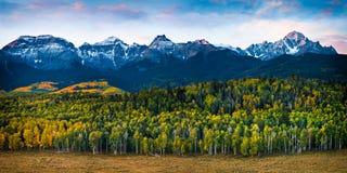 在圣胡安山的秋天颜色 图库摄影