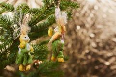 在圣诞树装饰的特写镜头 库存图片