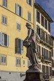 在圣诞老人Trinita桥梁的春天雕象 库存图片