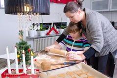 在圣诞节季节的厨房教育 库存照片