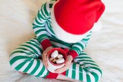 在圣诞节时间的孩子 库存图片