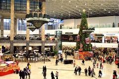 在圣诞节时间的购物中心 库存图片