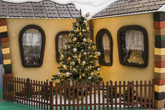 在圣诞节时间的购物画廊 免版税图库摄影