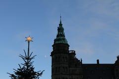 在圣诞节的克伦堡城堡 免版税库存图片