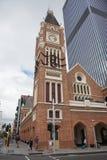 在圣诞节的尖沙咀钟楼 免版税库存照片