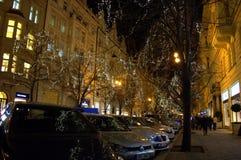 在圣诞节的布拉格商业街 免版税库存图片