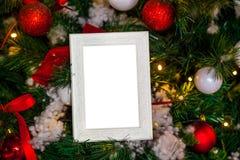 在圣诞节的照片框架装饰了背景 库存图片