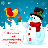 在圣诞节背景的滑稽的动画片雪人。 图库摄影