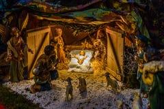 在圣诞节诞生场面的雕象 库存照片