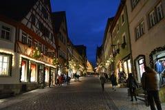 在圣诞节,德国的罗滕堡ob der tauber大街 免版税库存图片