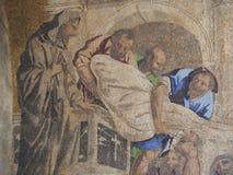 在圣马克大教堂外部门面的美丽的马赛克在威尼斯 库存照片