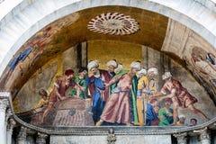 在圣马克的大教堂的门面的13世纪马赛克 免版税图库摄影