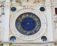 在圣马克& x27的占星术时钟; s正方形,威尼斯,意大利 库存照片