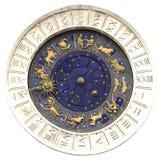 在圣马尔谷教堂广场的黄道带时钟在威尼斯 免版税库存照片