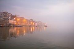 在圣洁ghats的早晨视图 免版税库存图片
