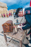 在圣Jonh的骑士的瓜迪亚游行在比尔古,马耳他 免版税库存图片