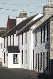 在圣Margareth希望的白色老门面 orkney 苏格兰 免版税库存图片