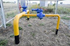 在地下气体管道的门闩 免版税库存图片