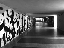 在地下过道的街道艺术 免版税库存图片