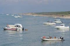 在地中海海岸的周末 免版税图库摄影