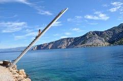 在地中海海岸的渔平台 免版税图库摄影