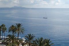 在地中海海湾的看法 免版税图库摄影