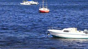 在地中海的小罪人` s小船在法国 股票录像